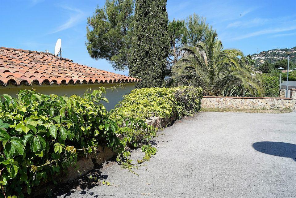 Moderna casa con piscina cerca de la playa en alquiler for Alquiler casas con piscina privada cerca dela playa