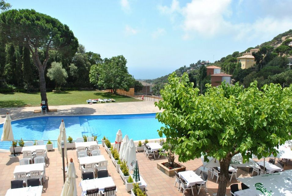Location de vacances et vente entre lloret de mar et tossa for Location maison lloret del mar avec piscine