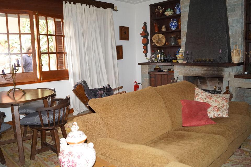 Einzelhaus Auf Einem Gründstuck Von 500m2 Zum Verkauf Oder Zur Miete Pro  Jahr (950u20ac