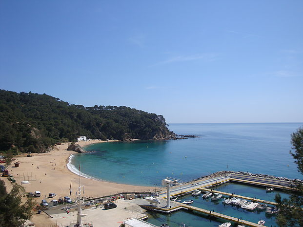 Comfortable house in quiet residential area for rent. Lloret de Mar