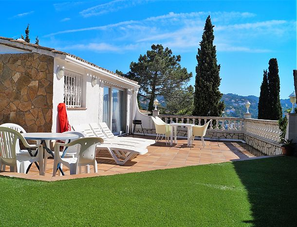 House for rent, 2 rooms, beautiful view, Canyelles/Lloret de mar