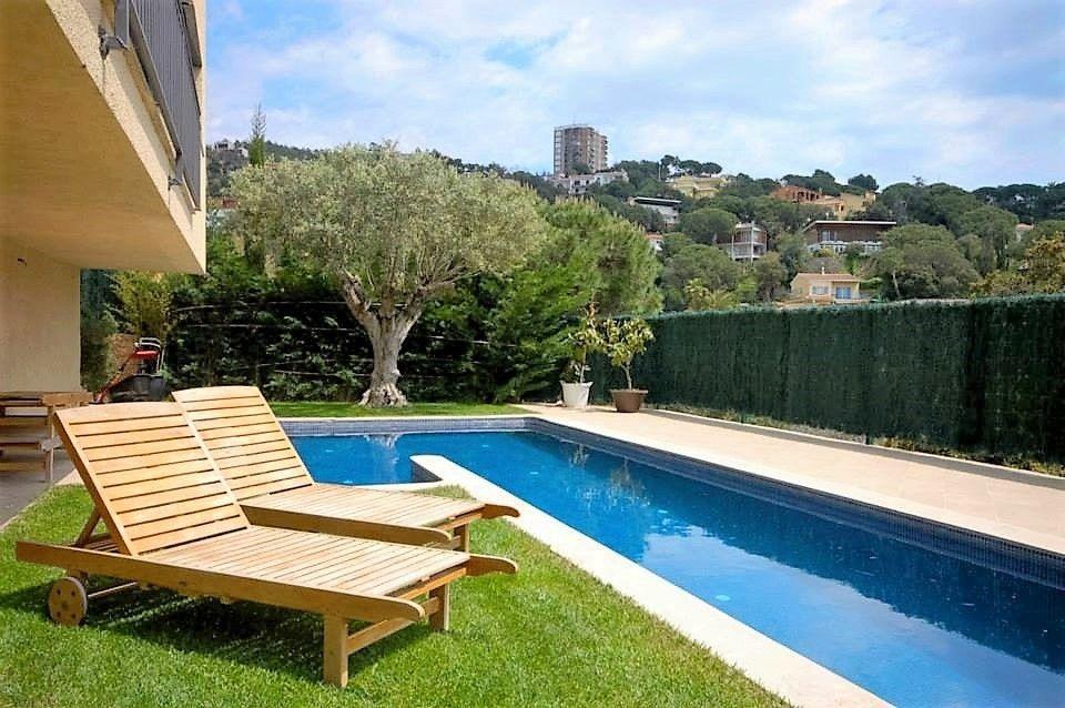Maison moderne avec piscine à vendre (Lloret de mar)