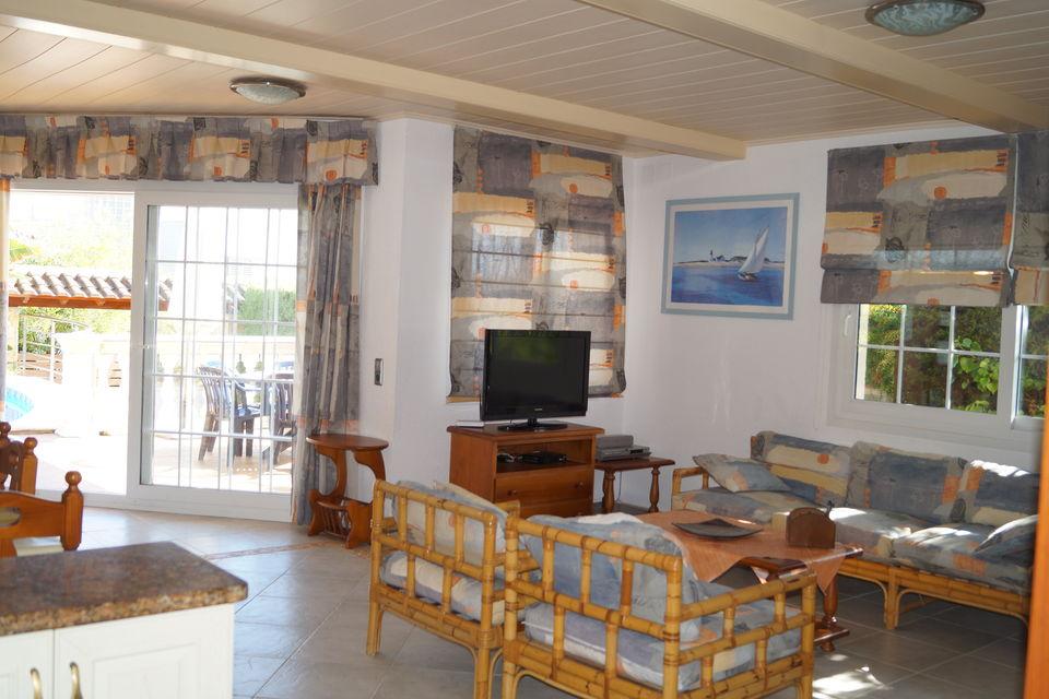 Maison en location avec vue sur la mer et piscine cala for Location maison lloret del mar avec piscine