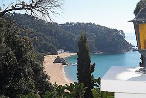 Duplex for rent with stunning view over the beach of Canyelles (Lloret de Mar)