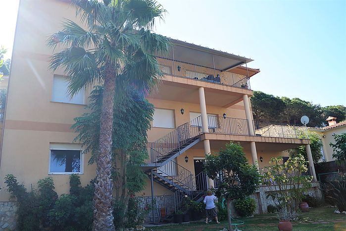 Villa with private pool and spectacular view for sale in Lloret de Mar