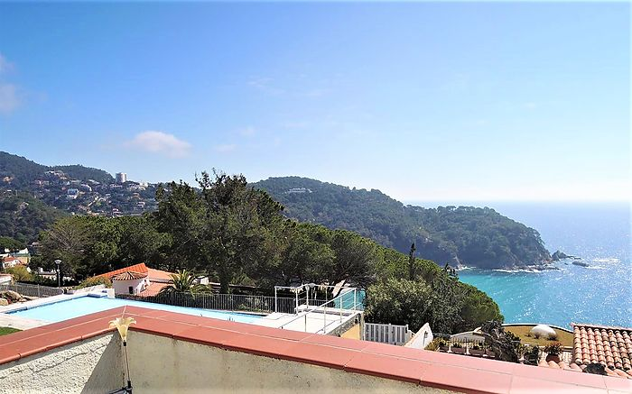 House with beautiful views to the beach of Canyelles, LLoret de Mar