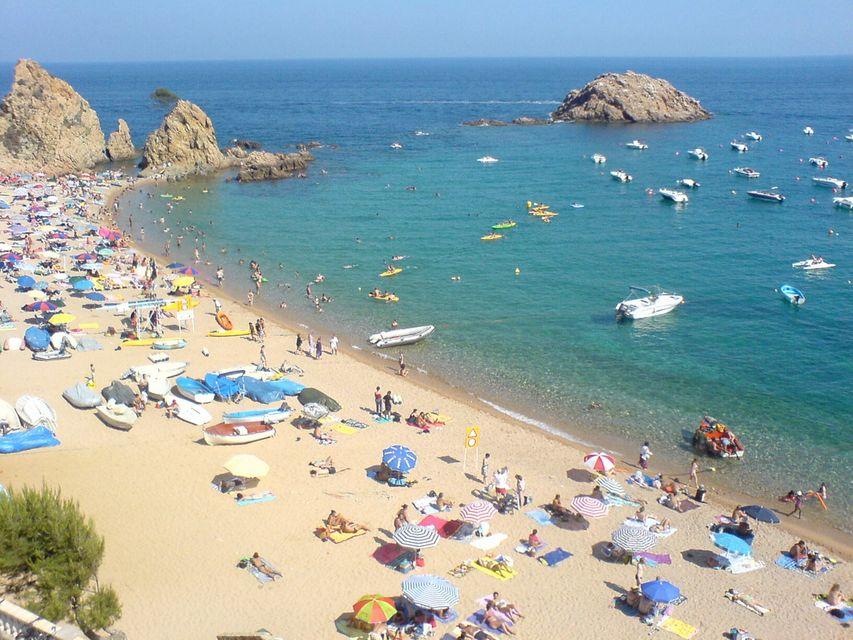 Playaarena maison de vacances en location et vente for Location maison tossa de mar avec piscine